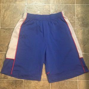 Nike Basketball Shorts. Size Large